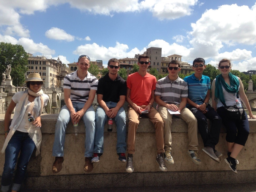 students at the castel santangelo