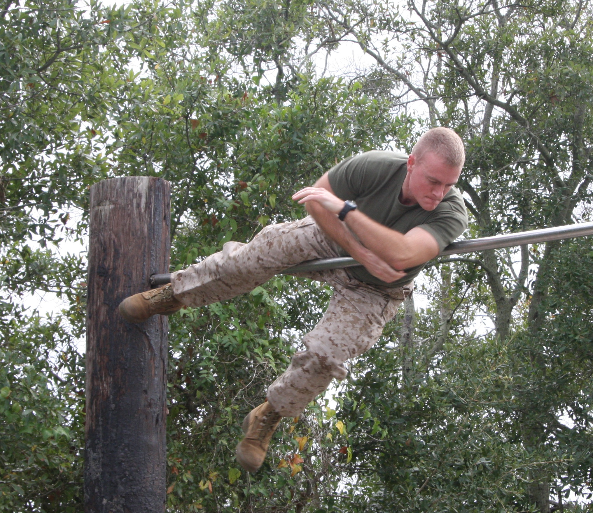 usmc obstacle course single bar_edited